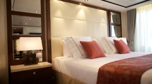 onboard_staterooms_suite_tab2